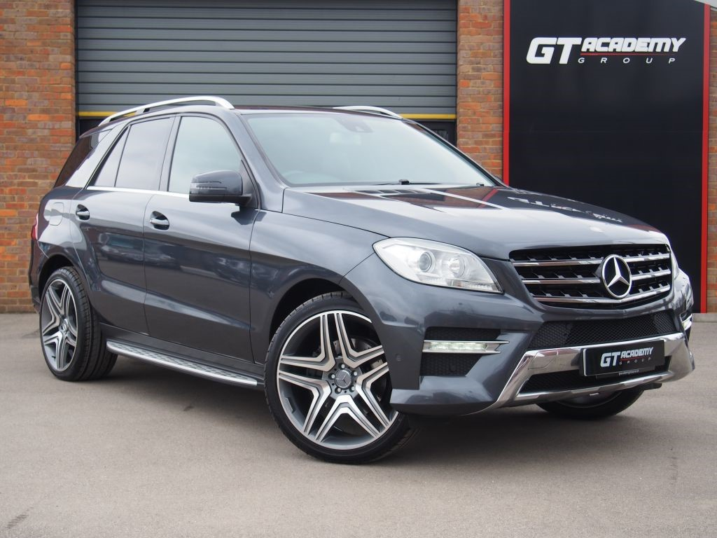 used Mercedes ML350 BLUETEC SPORT AA INSPECTED - COMAND SAT NAV - FSH in tring-hertfordshire