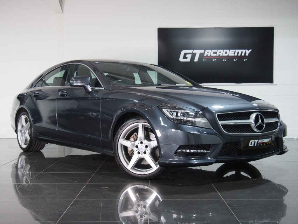 used Mercedes  CLS350 CDI BLUEEFFICIENCY AMG SPORT AA INSPECTED in tring-hertfordshire