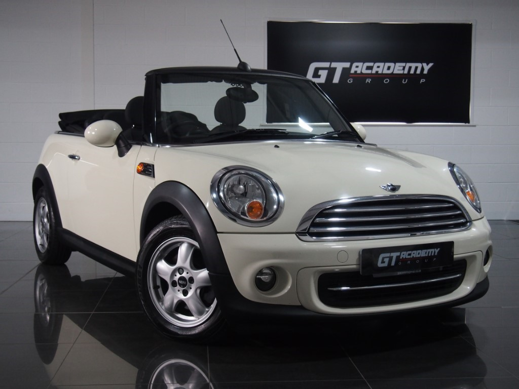 used MINI Convertible COOPER AA INSPECTED - GREAT VALUE in tring-hertfordshire