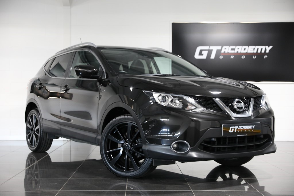 used Nissan Qashqai 1.5DCI TEKNA ** 5.9% APR FINANCE OFFER ** in tring-hertfordshire