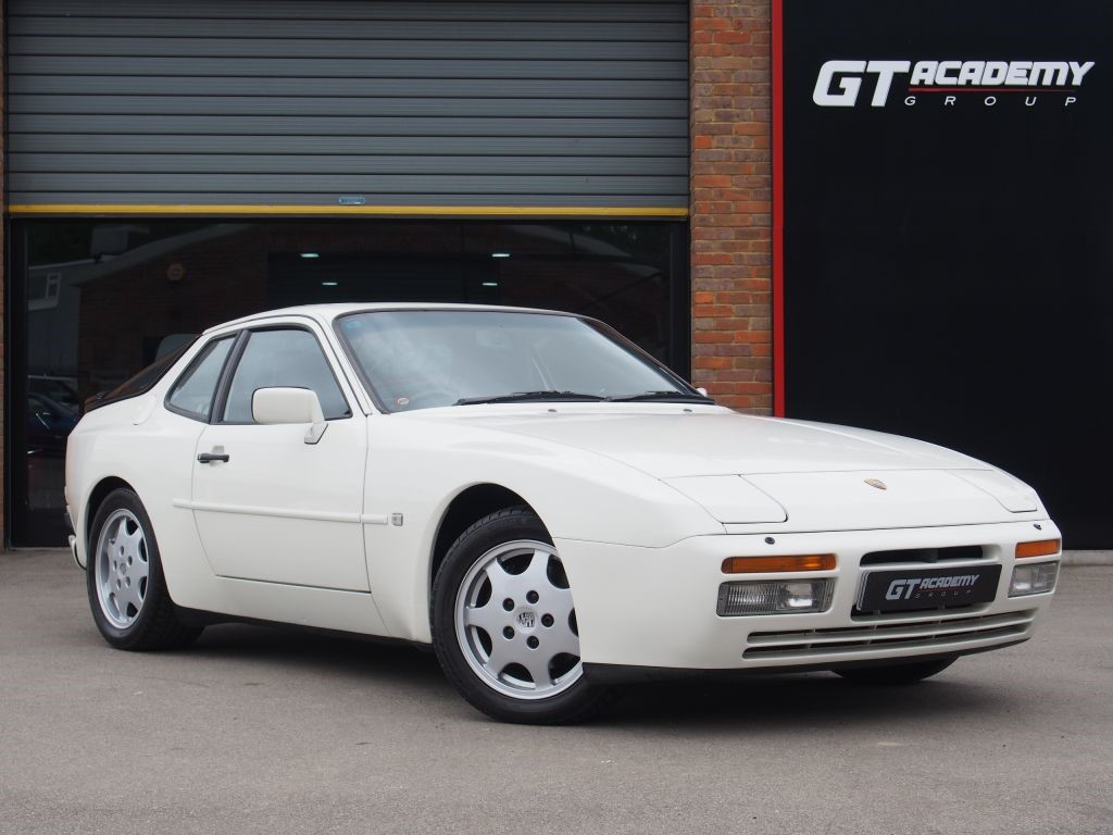 used Porsche 944 3.0S2 16V AA INSPECTED - GREAT INVESTMENT in tring-hertfordshire