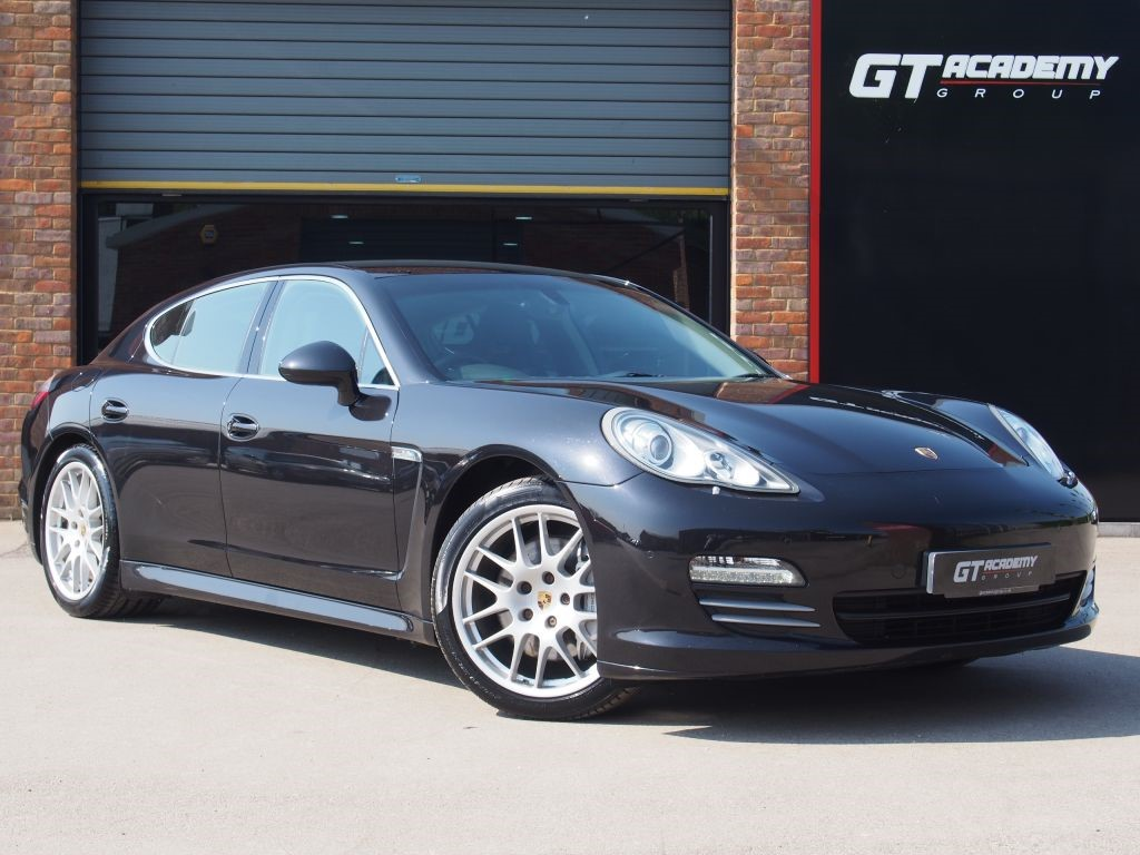 used Porsche Panamera 4.8 4S PDK AA INSPECTED - FSH - HIGH SPEC in tring-hertfordshire