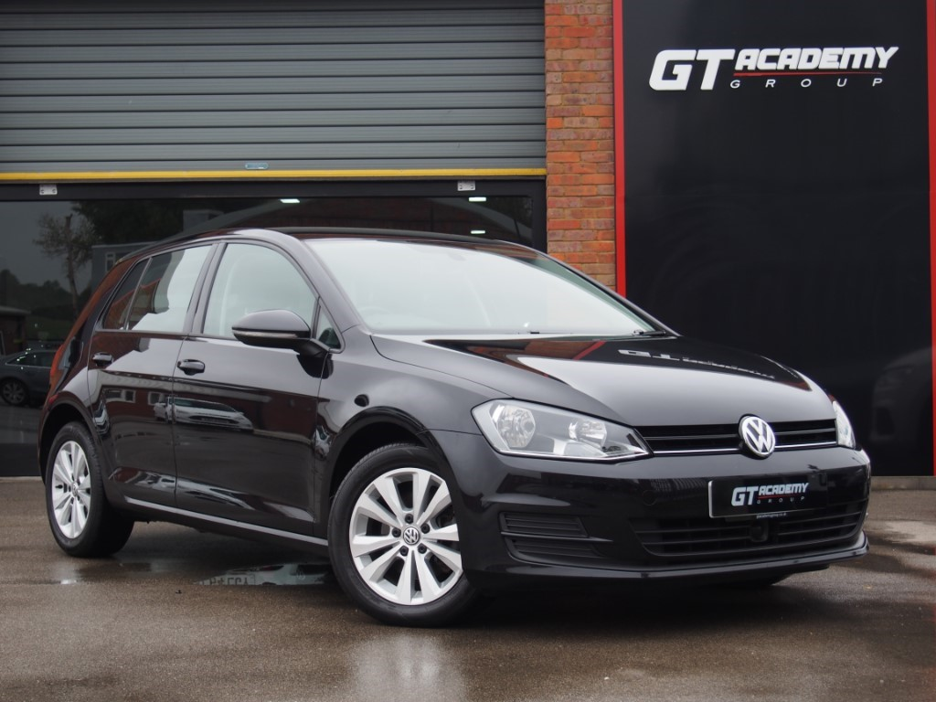 used VW Golf SE TDI BLUEMOTION TECHNOLOGY DSG AA INSPECTED - ROAD TAX £20 in tring-hertfordshire
