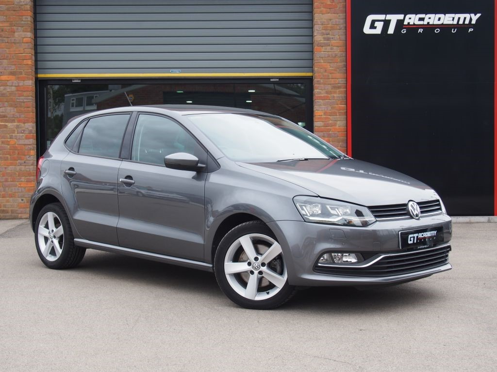 used VW Polo SEL TSI DSG AA INSPECTED . VW FSH . 1 OWNER  in tring-hertfordshire