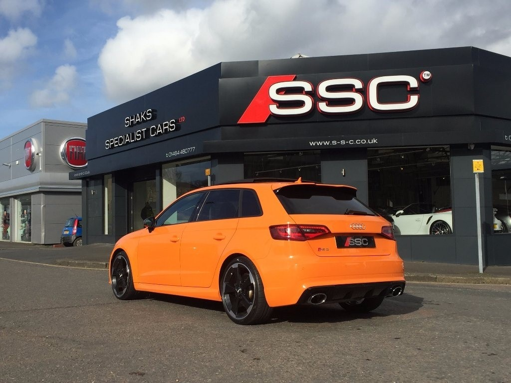 Audi RS3 in Huddersfield West Yorkshire - CompuCars