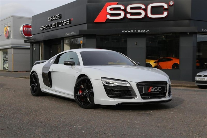 used Audi R8 FSI V10 S Tronic quattro 2dr in huddersfield-west-yorkshire