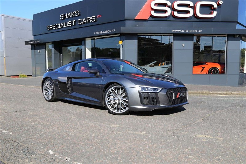 used Audi R8 FSI V10 Plus S Tronic quattro (s/s) 2dr in huddersfield-west-yorkshire
