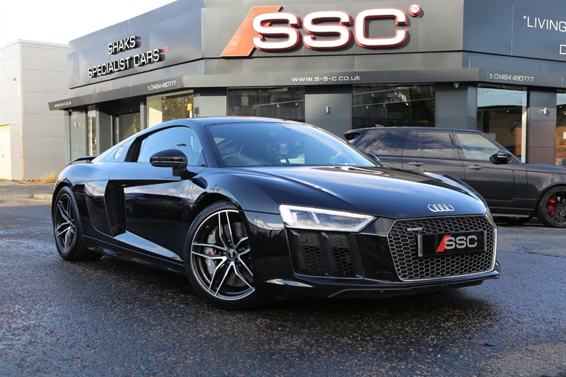 used Audi R8 FSI V10 Plus S Tronic quattro (s/s) in huddersfield-west-yorkshire