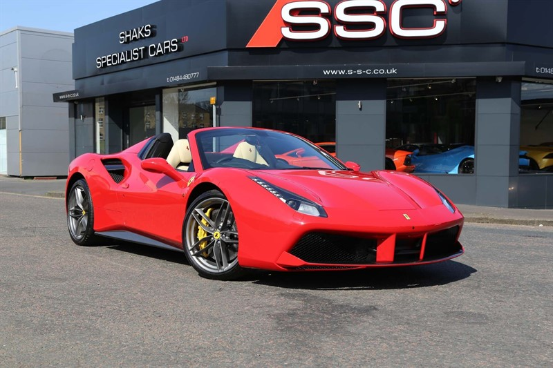used Ferrari  3.9T V8 Spider F1 DCT (s/s) in huddersfield-west-yorkshire