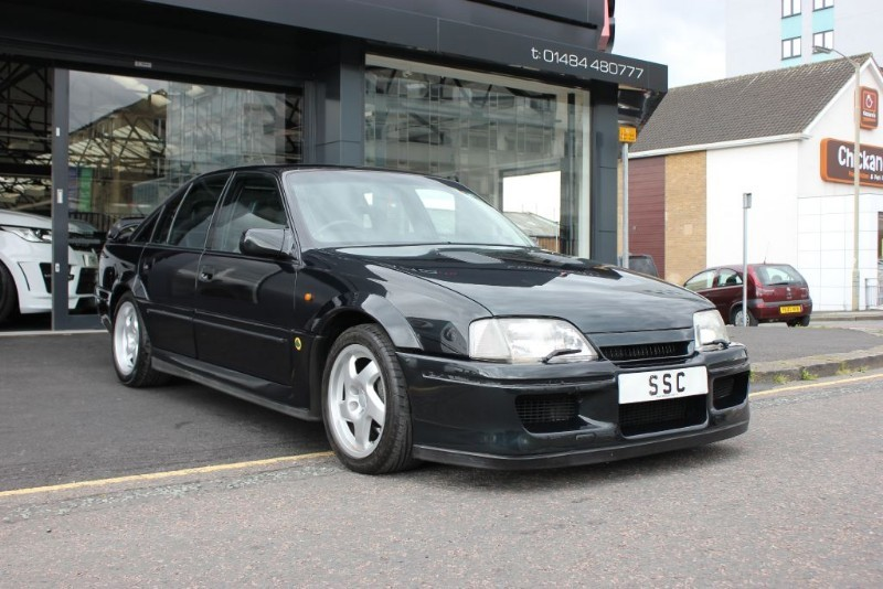 lotus carlton in huddersfield west yorkshire compucars. Black Bedroom Furniture Sets. Home Design Ideas