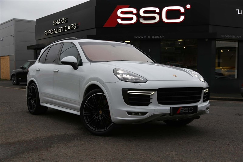 used Porsche Cayenne 4.8T Turbo Tiptronic 4WD (s/s) in huddersfield-west-yorkshire