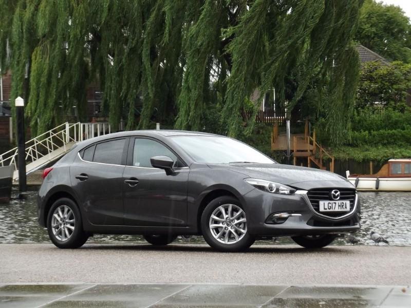 used Mazda Mazda3 SELNAV in twickenham-middlesex-london