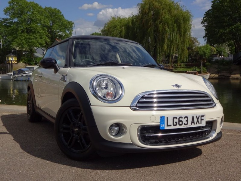 used MINI Hatch COOPER D BAKER STREET in twickenham-middlesex-london