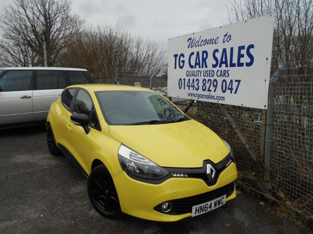 used Renault Clio Expression Plus 16V in blackwood-gwent