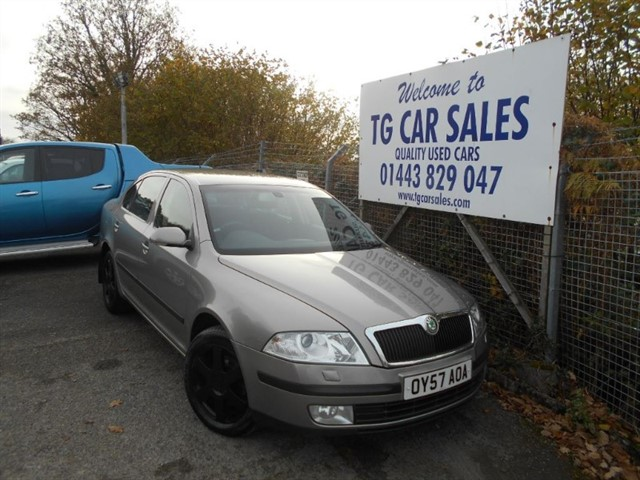 used Skoda Octavia Elegance TDI PD 140 in blackwood-gwent