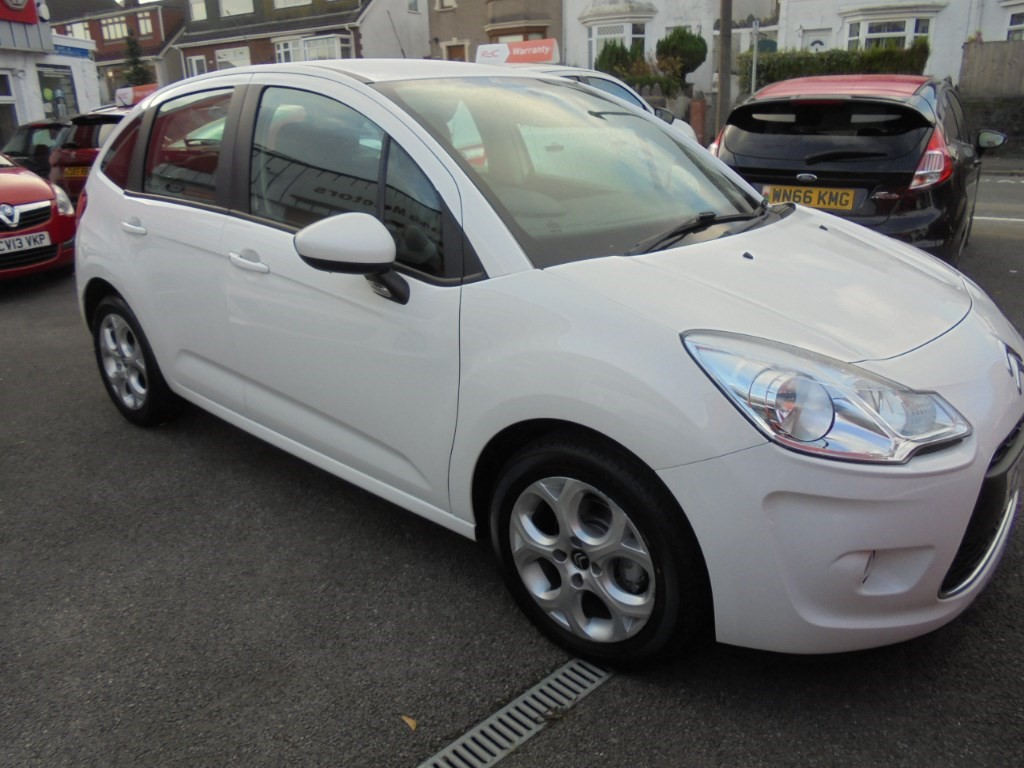 used Citroen C3 WHITE in in-swansea