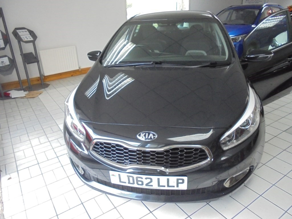 used Kia Ceed CRDI 3 ECODYNAMICS in in-swansea