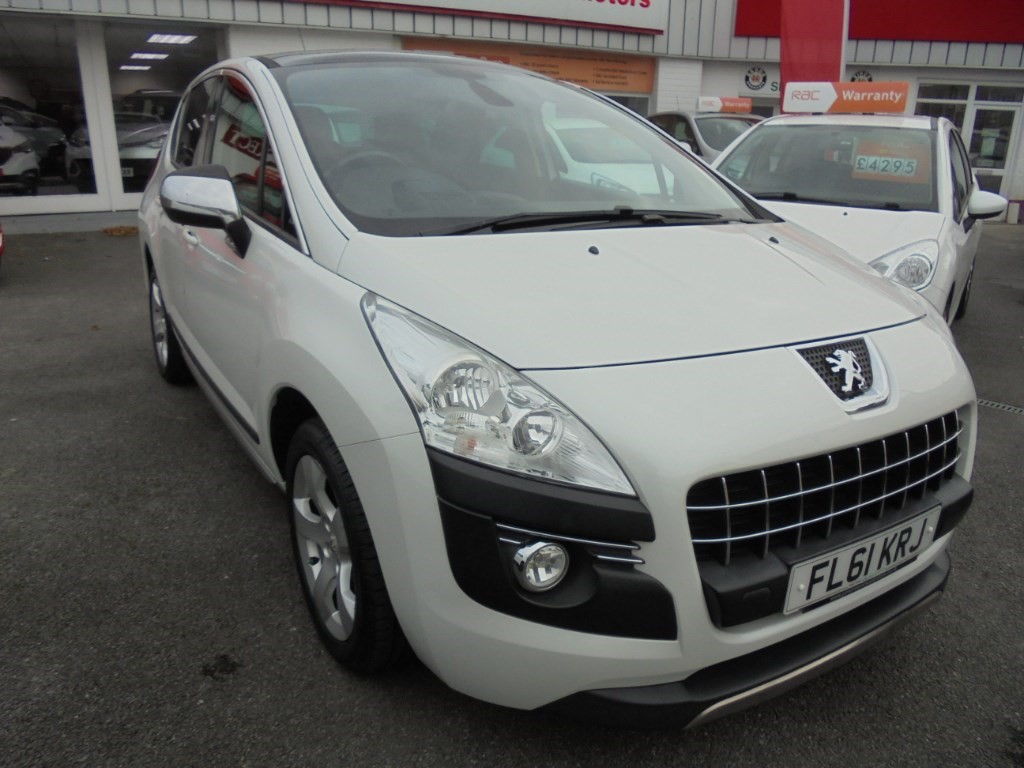 used Peugeot 3008 E-HDI EXCLUSIVE in in-swansea
