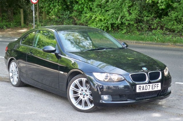 BMW 320i in Tadworth Surrey