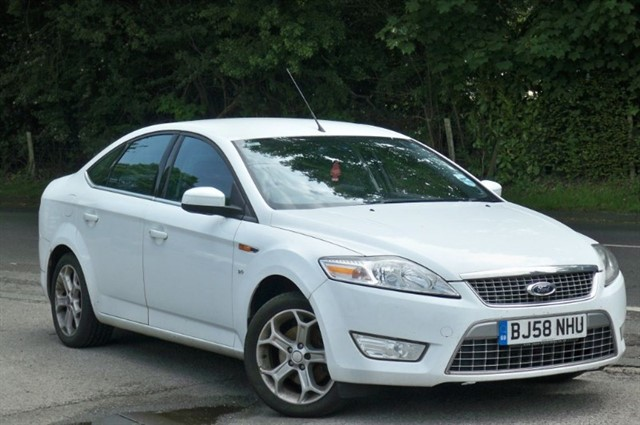 Ford Mondeo in Tadworth Surrey
