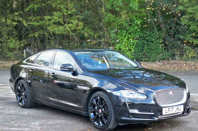 Jaguar XJ in Tadworth Surrey