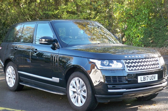 Land Rover Range Rover in Tadworth Surrey