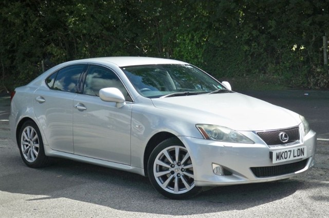 Lexus IS 250 in Tadworth Surrey