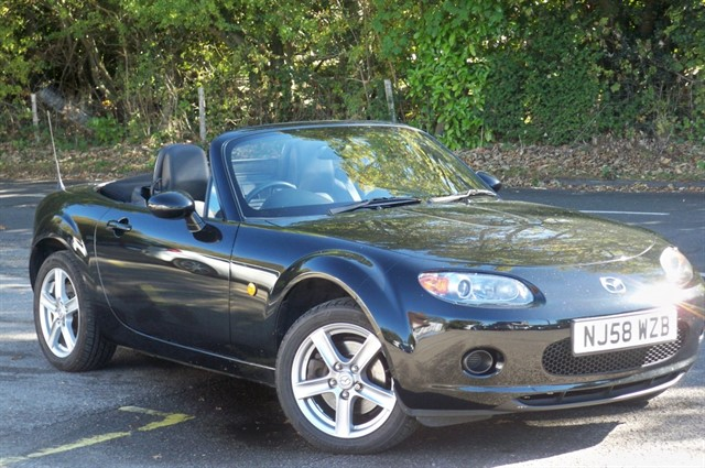 Mazda MX-5 in Tadworth Surrey