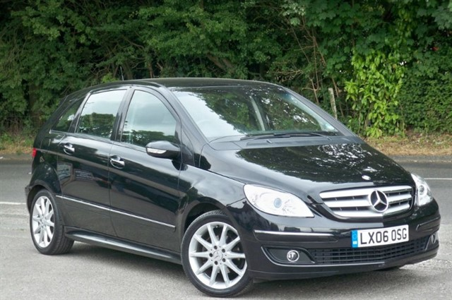 Mercedes B170 in Tadworth Surrey