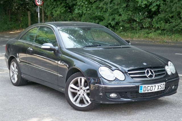 Mercedes CLK220 CDI in Tadworth Surrey