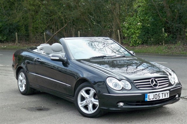 Mercedes CLK320 in Tadworth Surrey