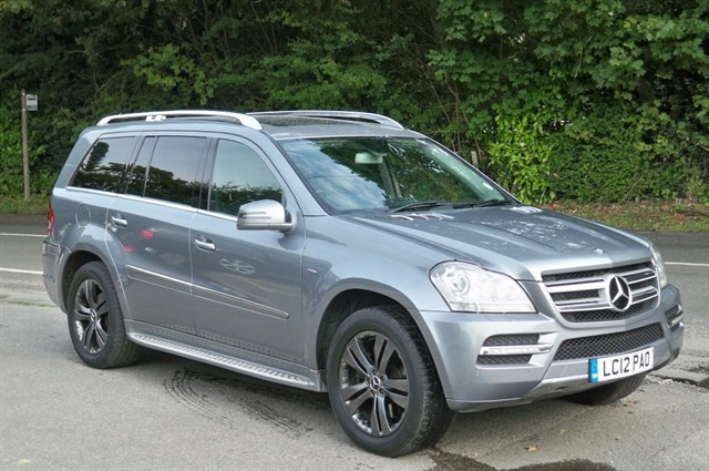 Mercedes GL350 in Tadworth Surrey