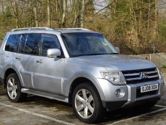 Mitsubishi Shogun in Tadworth Surrey