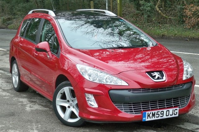 Peugeot 308 in Tadworth Surrey