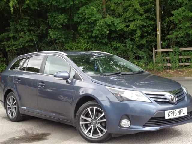 Toyota Avensis in Tadworth Surrey