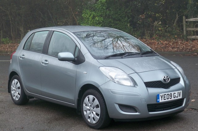 Toyota Yaris in Tadworth Surrey