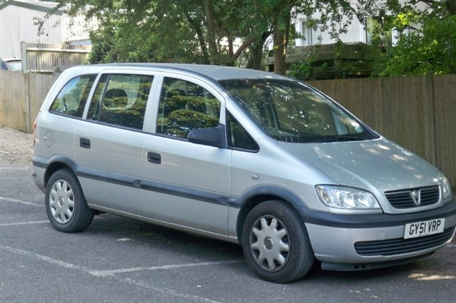 Vauxhall Zafira in Tadworth Surrey