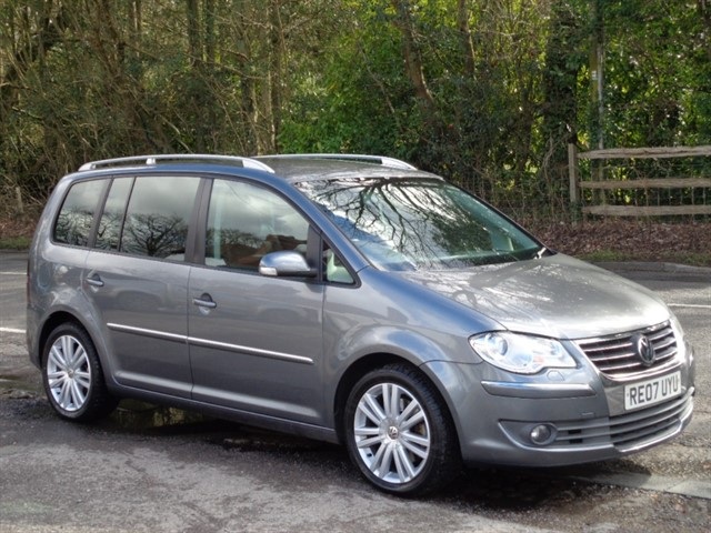 Volkswagen Touran in Tadworth Surrey