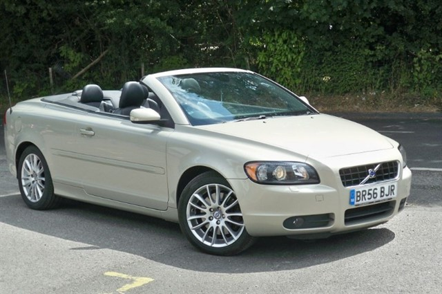 Volvo C70 in Tadworth Surrey