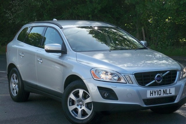 Volvo XC60 in Tadworth Surrey