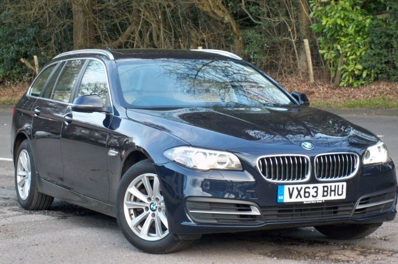 used BMW 520d SE Touring Panoramic Roof + Sat Nav in surrey