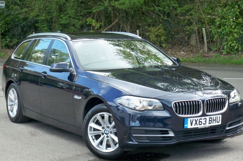 used BMW 520d 520d SE TOURING in surrey