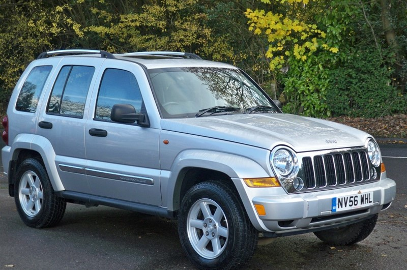 used Jeep Cherokee V6 LIMITED in surrey