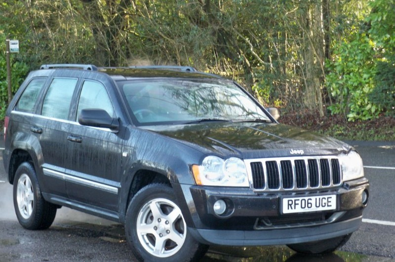 used Jeep Grand Cherokee 3.0 CRD LIMITED in surrey