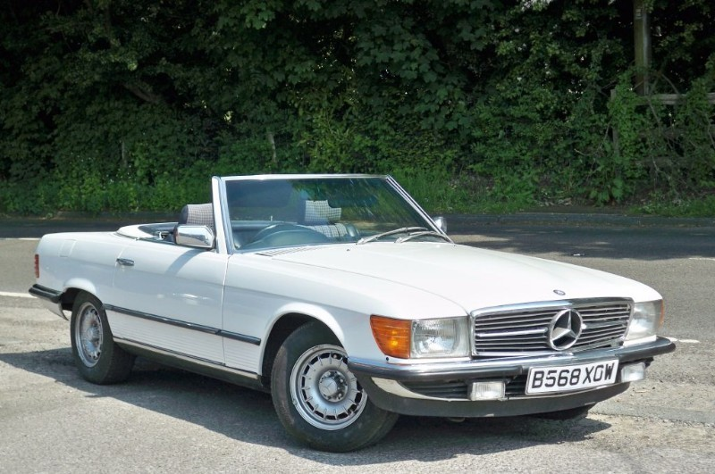 used Mercedes SL500 SL500  complete with matching hard top in surrey