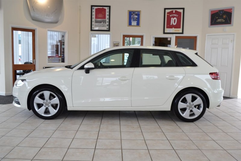 used Audi A3 2.0 TDI SPORT ONLY 17000 MILES COMPLETE WITH FULL SERVICE HISTORY in forest-of-dean-gloucestershire