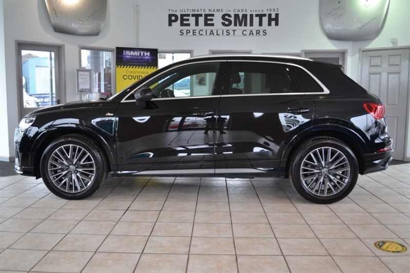 used Audi Q3 2.0 TFSI 45 S-LINE S-TRONIC QUATTRO 5 DOOR ONE OWNER JUST 10000 MILES AMAZING SPECIFICATION  2019/69 in forest-of-dean-gloucestershire