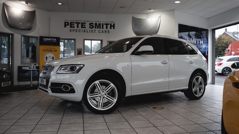 used Audi Q5 2.0 TDI QUATTRO S LINE PLUS AUTO 5 DOOR WITH PANORAMIC ROOF JUST 41000 MILES 2015/15 in forest-of-dean-gloucestershire
