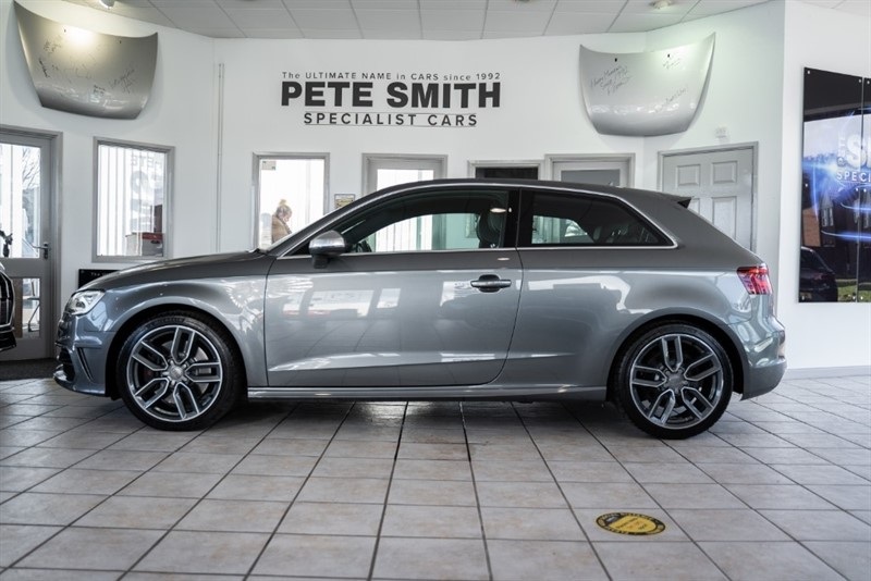 used Audi S3 2.0 TFSI QUATTRO S-TRONIC 3 DOOR in forest-of-dean-gloucestershire