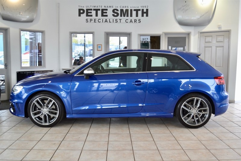 used Audi S3 2.0 QUATTRO NAVIGATION 3 DOOR ONE OWNER IN SPECIAL ORDER SEPANG BLUE METALLIC in forest-of-dean-gloucestershire